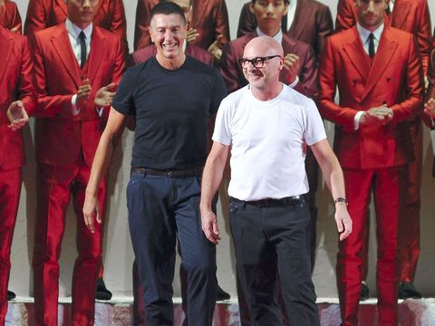 Red, Collar, Suit trousers, Dress shirt, Suit, Temple, Blazer, Maroon, Tie, Belt,
