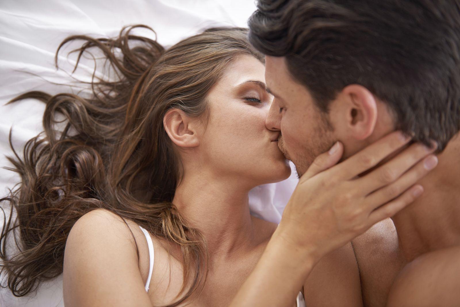 Trailer di film porno gay