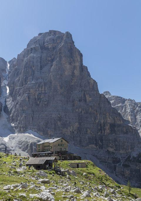 Mountainous landforms, Rock, Outcrop, Bedrock, Mountain, Formation, Geology, Summit, Terrain, Batholith,