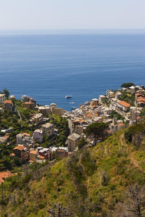 Coastal and oceanic landforms, Coast, House, Sea, Ocean, Azure, Bay, Village, Island, Promontory,