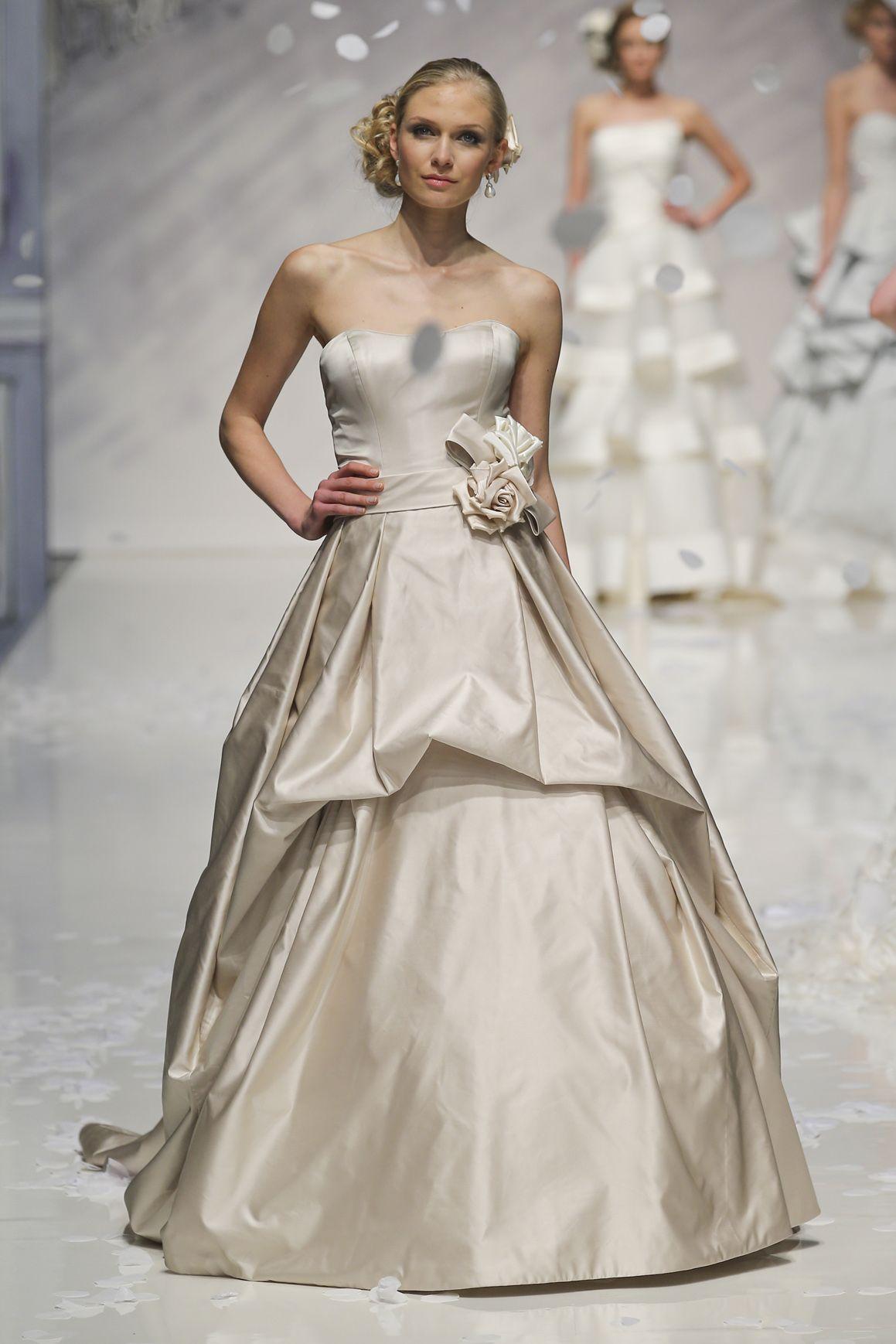 Popolare 5 abiti da sposa dorati per la primavera estate 2014 VY28