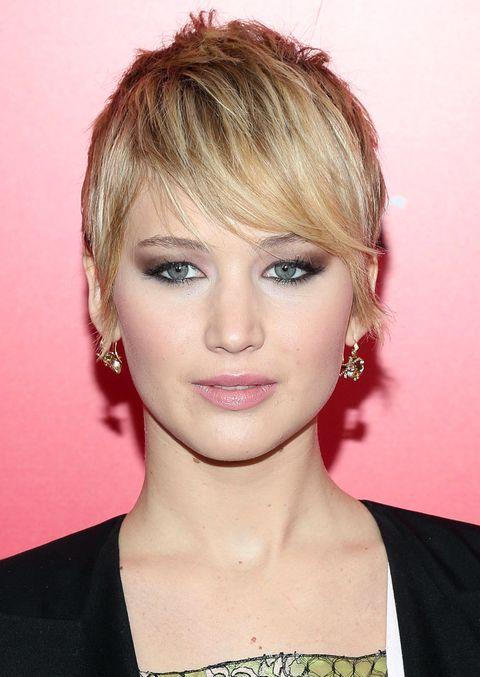 Nose, Ear, Mouth, Lip, Hairstyle, Chin, Forehead, Eyebrow, Eyelash, Earrings,