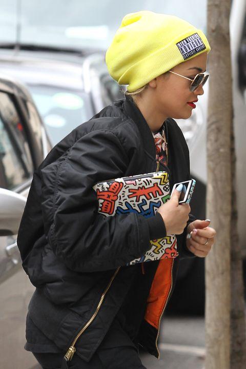 Street fashion, Jacket, Winter, Vehicle door, Automotive window part, Bracelet, Bonnet, Beanie, Stole,