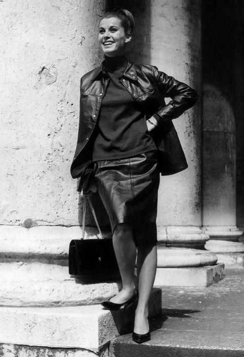 Clothing, Collar, Monochrome, Jacket, Shoe, Standing, Monochrome photography, Dress shirt, Style, Black-and-white,