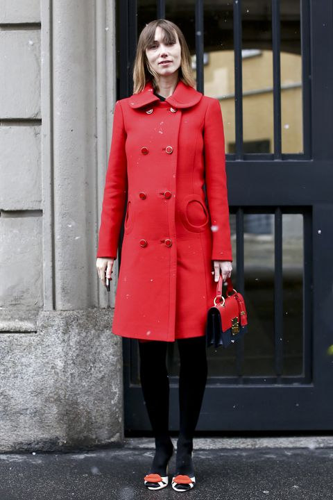 Clothing, Collar, Sleeve, Coat, Shoulder, Textile, Joint, Outerwear, Red, Standing,