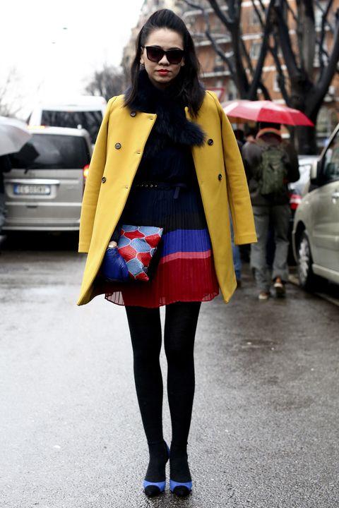 Clothing, Eyewear, Coat, Textile, Outerwear, Sunglasses, Street, Bag, Jacket, Style,