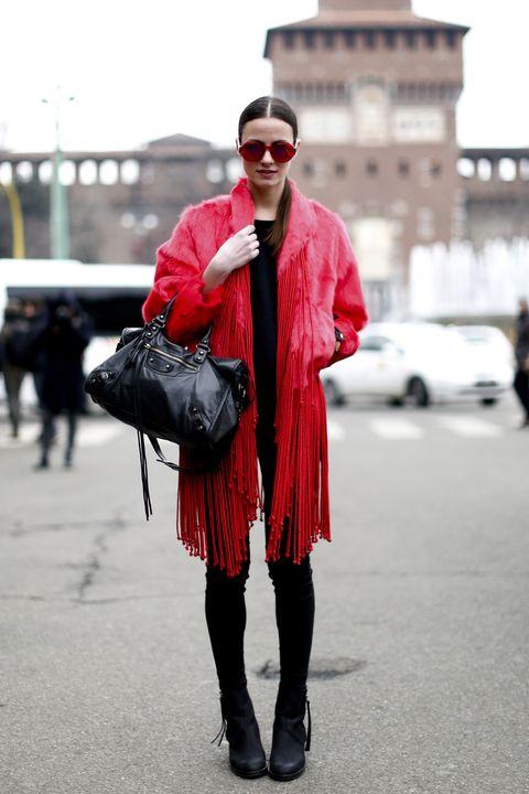 Eyewear, Glasses, Textile, Bag, Outerwear, Sunglasses, Style, Street, Street fashion, Fashion accessory,