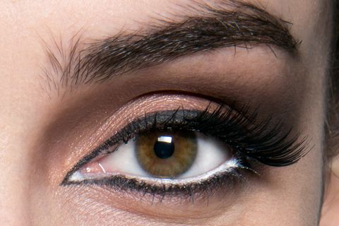 Blue, Brown, Green, Skin, Eyelash, Eyebrow, Eye shadow, Purple, Violet, Iris,