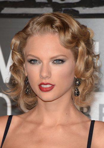 Hair, Lip, Hairstyle, Chin, Forehead, Eyebrow, Eyelash, Style, Beauty, Amber,