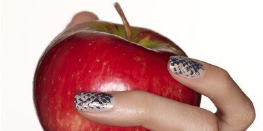 Finger, Skin, Liquid, Nail, Red, Manicure, Nail care, Style, Nail polish, Fruit,