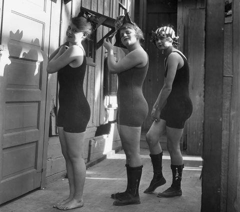 Vintage: il costume da bagno anni 20