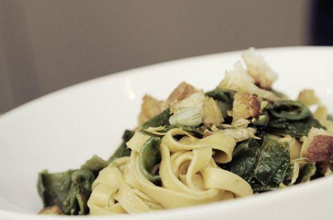 Food, Cuisine, Dishware, Pasta, Ingredient, Recipe, Plate, Dish, Al dente, Noodle,