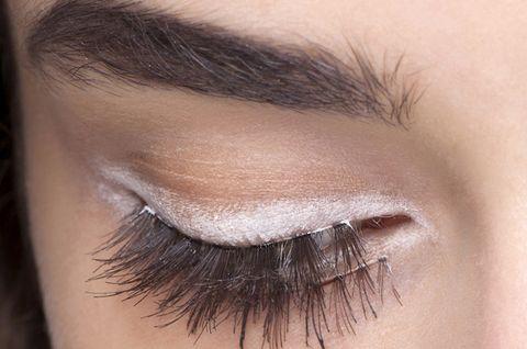 Brown, Hairstyle, Skin, Eyelash, Eyebrow, Iris, Beauty, Eye shadow, Organ, Tints and shades,