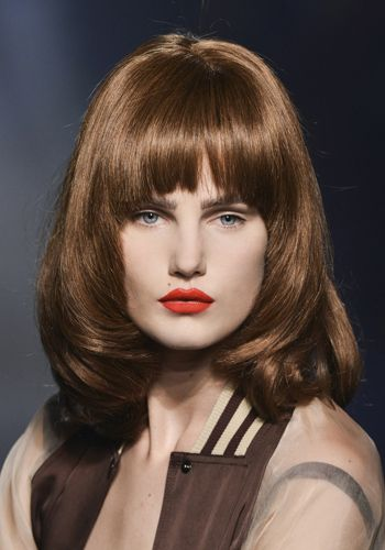 Lip, Mouth, Hairstyle, Bangs, Style, Eyelash, Step cutting, Beauty, Layered hair, Fashion model,
