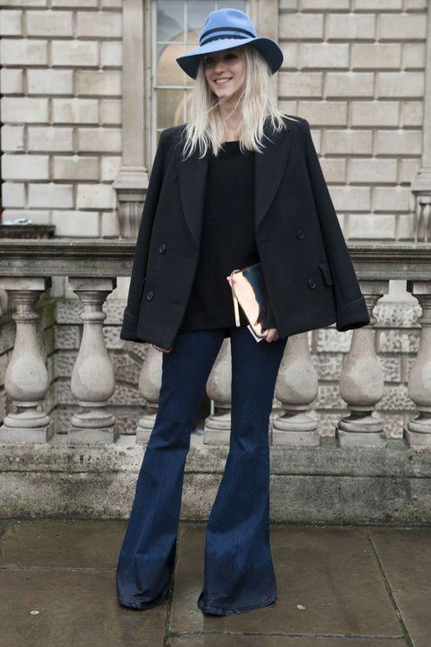 new concept 4e5d0 9238d Fashion Quiz: come si portano i pantaloni a zampa?