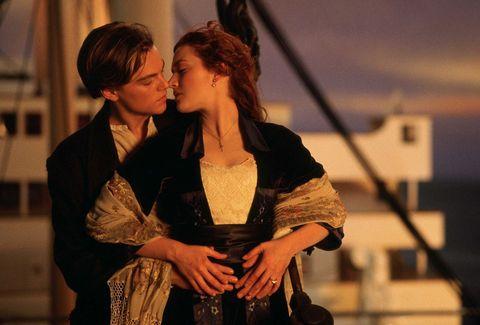 Come i&nbsp;protagonisti di <em>Titanic</em>,&nbsp;<strong>Rose e Jack</strong>,&nbsp;tu e lui vi siete incontrati per caso (in vacanza, a una festa?), avete avuto&nbsp;una brevissima love story o l'incontro di una notte, dopodiché vi siete persi di vista. Magari siete rimasti amici&nbsp;su FB, ma ogni tanto ripensi a lui e ti piacerebbe avere qualcosa di più. Perché rompere la magia di una notte (o un'estate) di passione? Lascia tutto com'è:&nbsp;rischieresti di veder naufragare la relazione o&nbsp;farla colare a picco come un pezzo di ghiaccio.