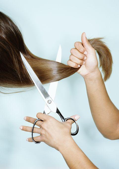 4e08406e57c5 20 cose che il tuo parrucchiere non sopporta (e non ti dice)