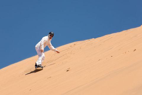 Sandboarding_Namibia