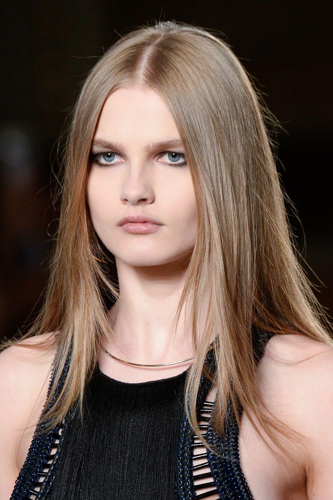 Favoloso Tagli capelli lunghi: segui la moda valorizzando i tuoi lineamenti XE52