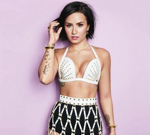 Demi Lovato Cosmopolitan gennaio 2016
