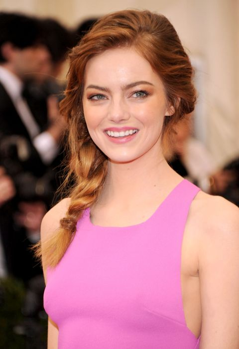 """NEW YORK, NY - MAY 05:  Emma Stone attends the """"Charles James: Beyond Fashion"""" Costume Institute Gala at the Metropolitan Museum of Art on May 5, 2014 in New York City.  (Photo by Kevin Mazur/WireImage)"""