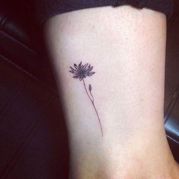 Tattoo Fiori 44 Ispirazioni Per Tatuaggi Che Sbocciano Sulla Pelle