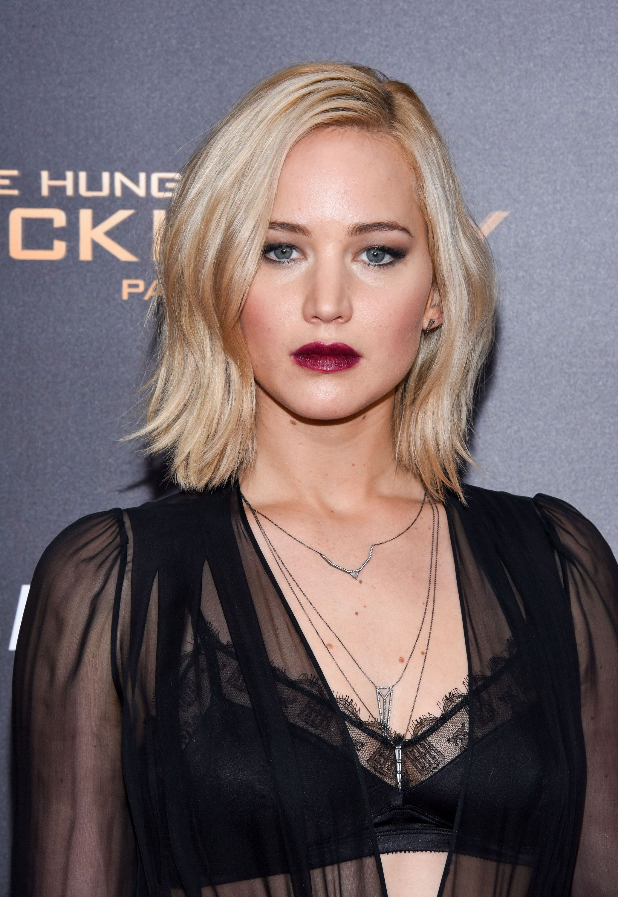 Jennifer lawrence foto capelli corti