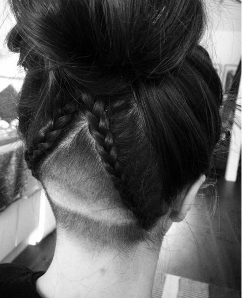 hair tattoo, il tatuaggio lo fai sui capelli