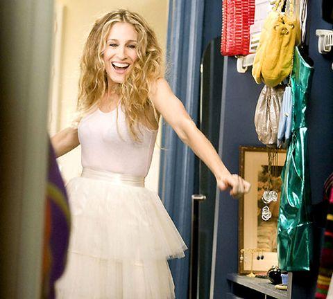 Shoulder, Textile, Dress, Formal wear, One-piece garment, Gown, Fashion, Clothes hanger, Waist, Day dress,