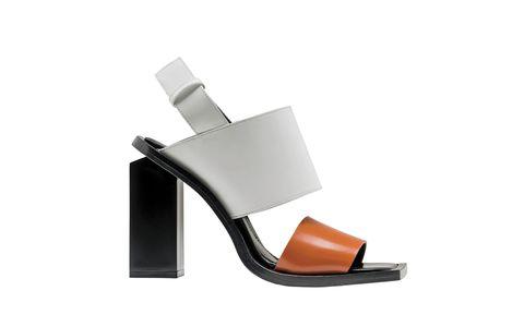 <p>Sandalo in pelle con doppia fascia e tacco monolite</p>