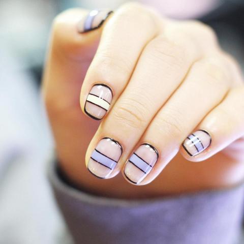 line nails trend instagram nail art 3