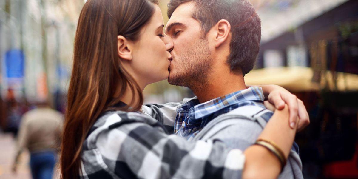 14 tipi di bacio diversi e il vero significato in amore
