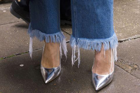 Come Sistemare I Jeans Nell Armadio.11 Trucchi Per Trasformare I Tuoi Vecchi Vestiti In Pezzi Superfashion