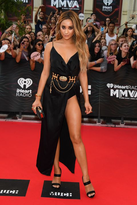 TORONTO, ON - JUNE 19:  Shay Mitchell arrives at the 2016 iHeartRADIO MuchMusic Video Awards at MuchMusic HQ on June 19th, 2016 in Toronto, Canada.  (Photo by George Pimentel/WireImage)