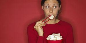 Perché se mangi troppa soia, puoi rallentare il lavoro della tiroide