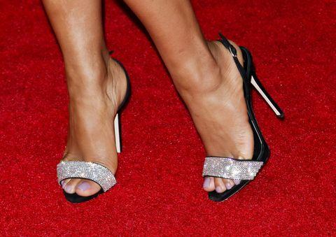 a8f655e648 Scarpe: tutte le soluzioni per piedi troppo grandi o troppo piccoli