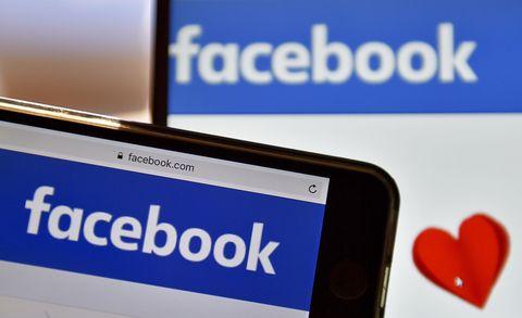Persone Brutte Su Facebook.Come Facebook Sa Che Sei Single Ed E Una Cosa Po Inquietante