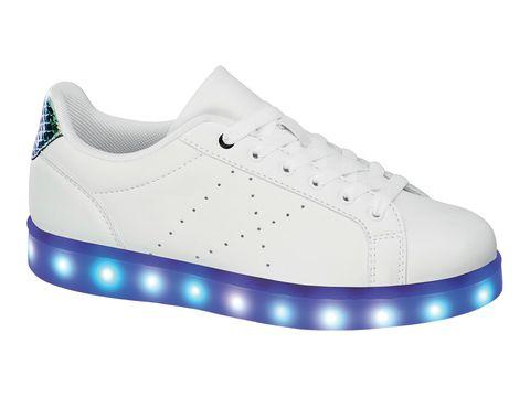 competitive price cd8ea adb40 12 modelli di scarpe a LED da indossare adesso non solo per ...