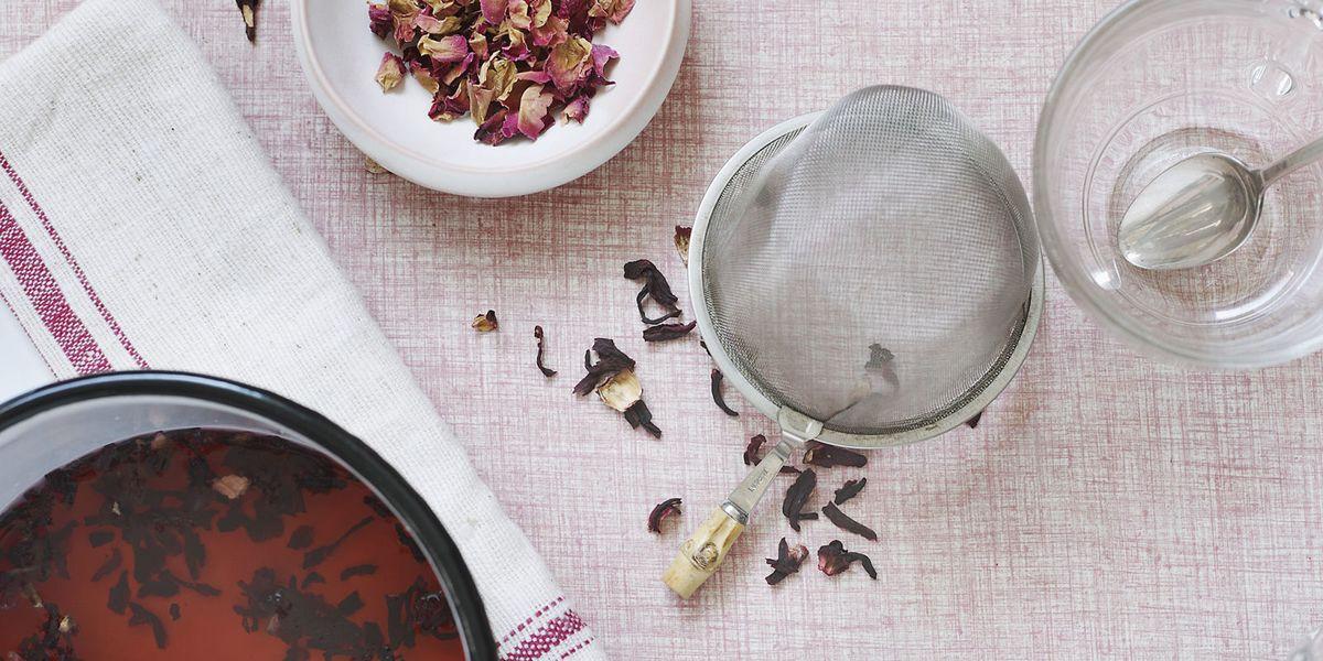 Fatti una tazza di Karkadè! Tutti i benefici dei fiori di ibisco