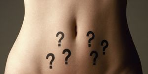 che cos'è l'ovaio micropolicistico e quali sono i sintomi e le cure