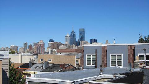 <p>Philly è stata la prima città degli Usa a entrare nell'elenco dell'Unesco come patrimonio dell'umanità. Appartamentino privato, terrazza con vista downtown e via a scoprirla!</p>