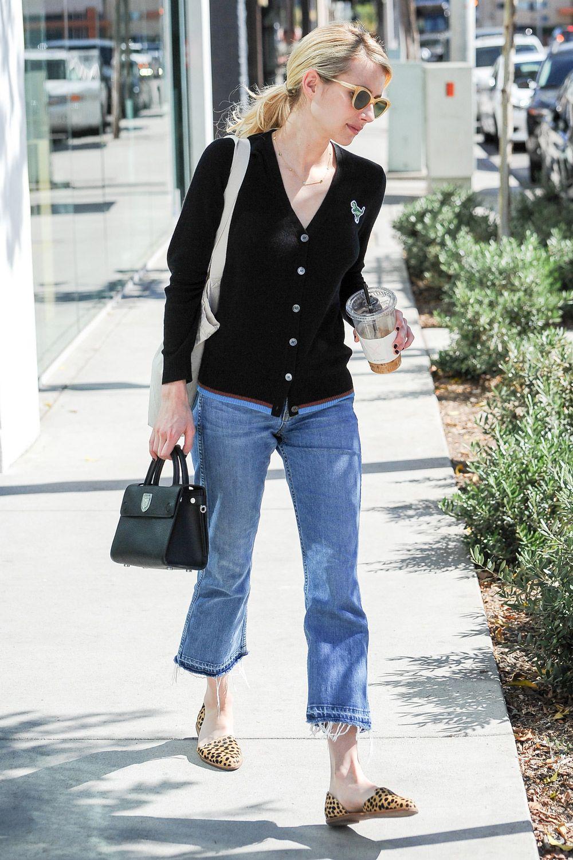 Cropped flare jeans: 8 cose da sapere per indossarli