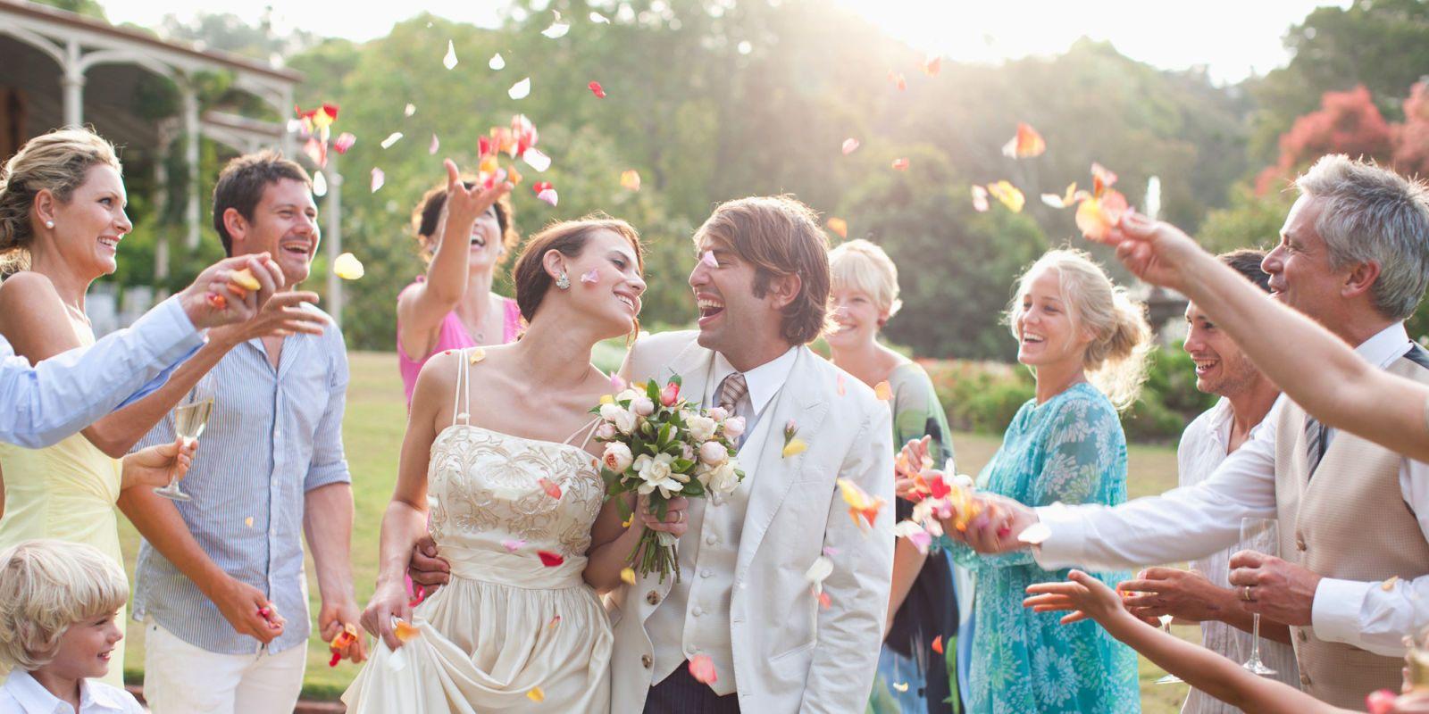 Matrimonio Sulla Spiaggia Outfit : Come vestirsi ad un matrimonio consigli per un outfit perfetto