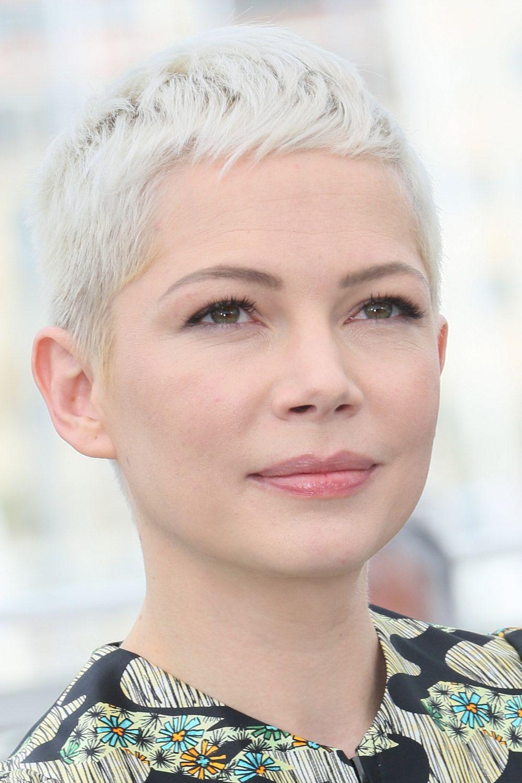 Foto di capelli corti femminili