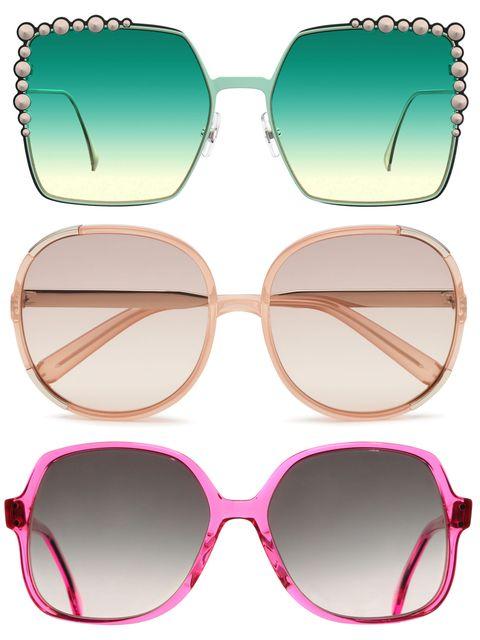 Guarda gli occhiali da sole da donna di moda per l'estate 2017 e scopri i marchi e i modelli più cool da indossare subito.