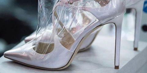 Le nuove scarpe di Jimmy Choo sono impacchettate e sembrano la ... 35bbe5e7b82