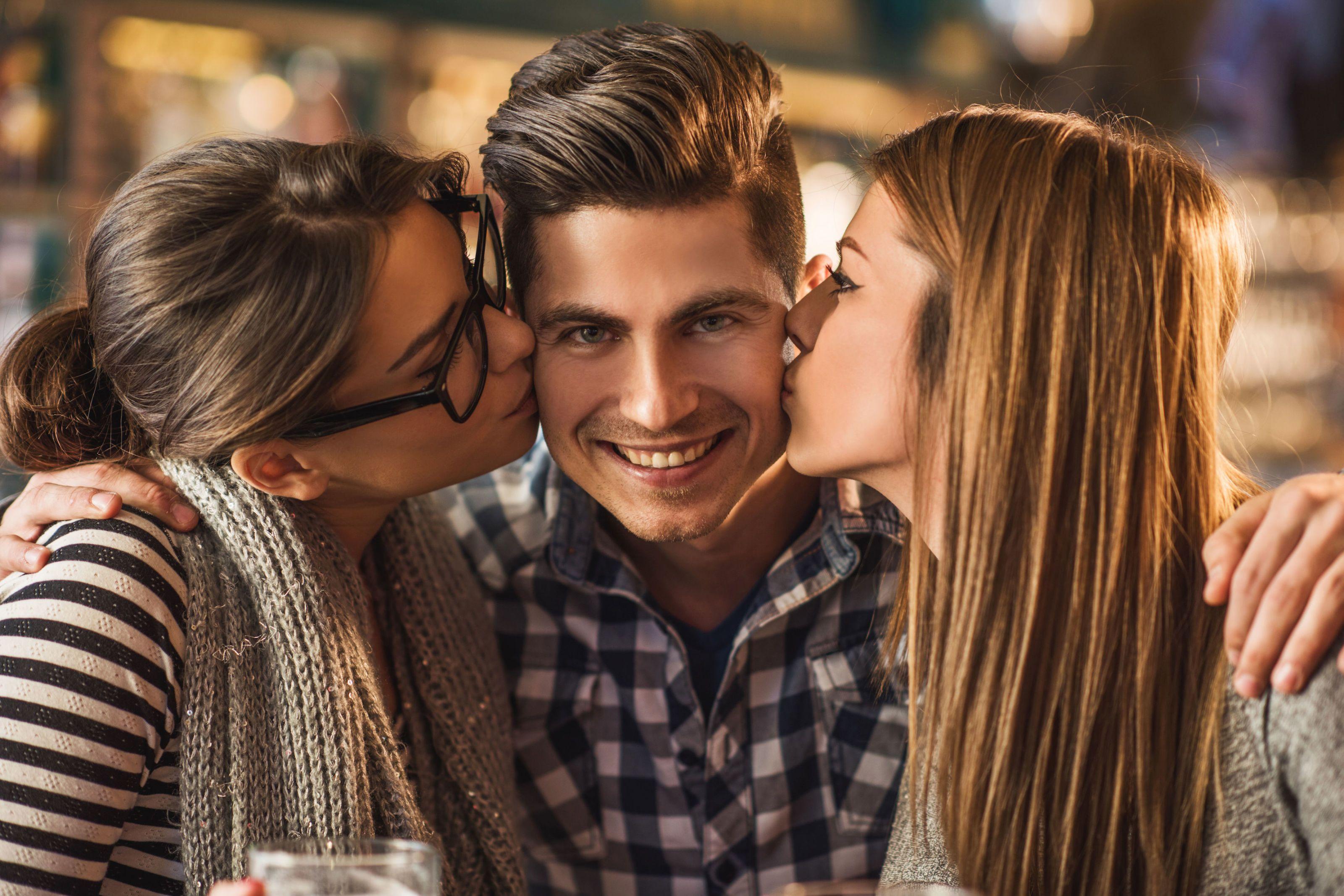 Come trattare con la tua ex fidanzata dating il tuo migliore amico