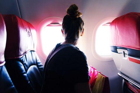C'è un segreto geniale per viaggiare comodissima anche in economy