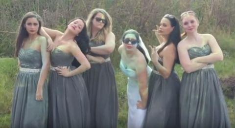 恋を忘れる方法は…ウェディングドレスでフェス参戦!?