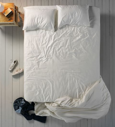Wall, Linens, Grey, Home accessories, Pillow, Bedding, Bedroom, Lamp, Bed sheet, Cushion,